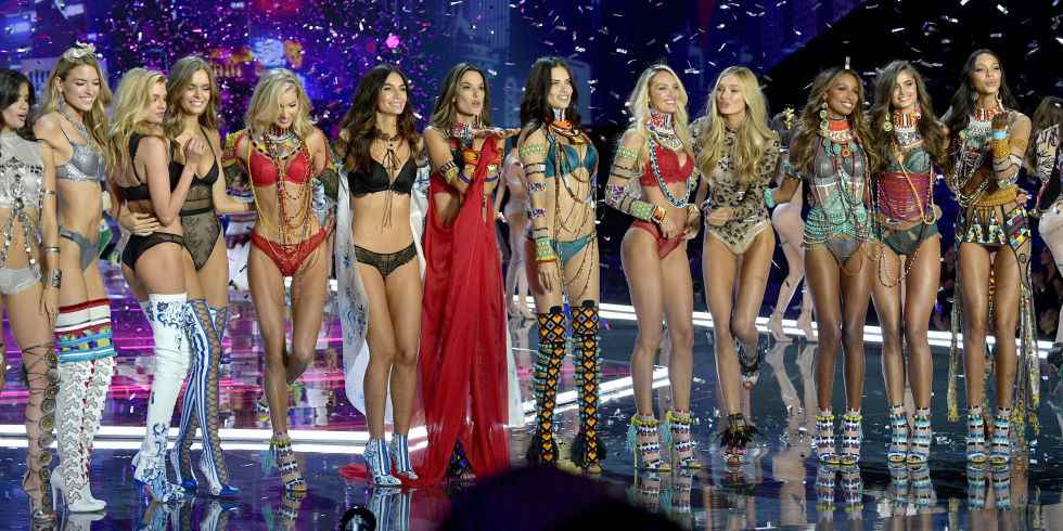 9 reactions to the Victoria's Secret Fashion Show