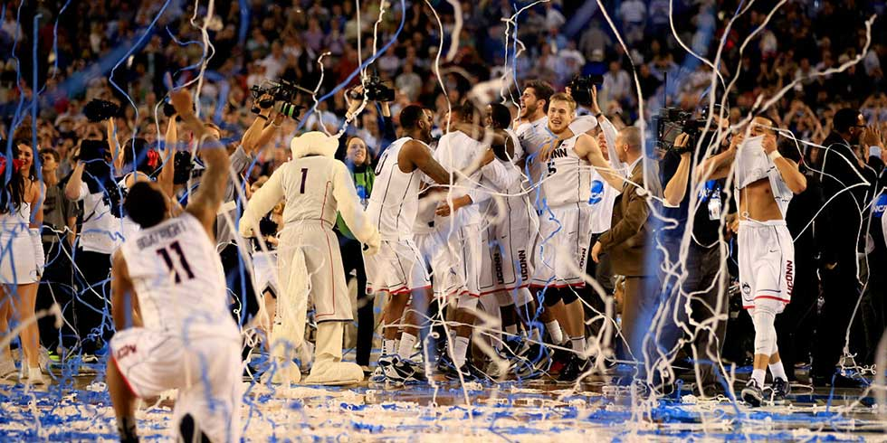 5 things every girl needs to know about March Madness