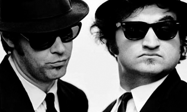 9b2e1a37c8472 This resulted in Ray-Ban appearing in many now-classic films including The  Blues Brothers (Belushi actually only removes his sunglasses once  throughout the ...