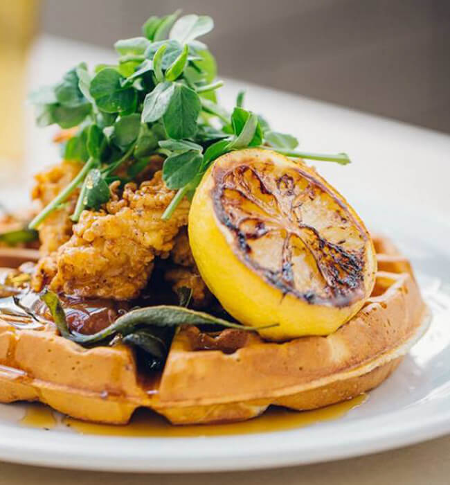 Fried-Chicken-and-Waffles